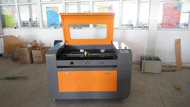 Chiny Co2 Laser Wood Engraving Machine Size 500 * 700mm , Rubber Stamp Engraving Machine fabryka